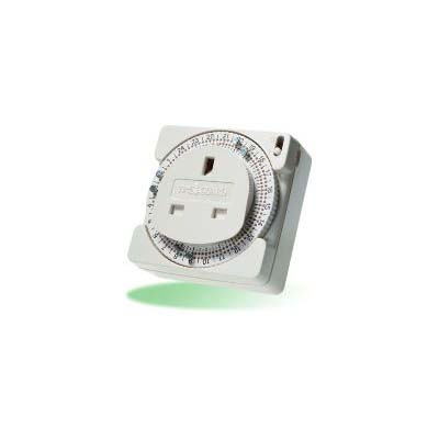 Mechanical plug in timer with rotary dial and six on-off pins