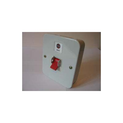Wylex 921E 32A Isolator Switch