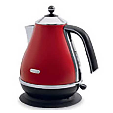 De Longhi pear shaped kettle in red with black base and handle